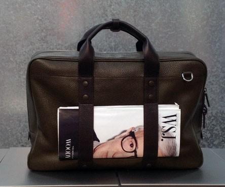briefcase. pelle military green con inserti mocca.